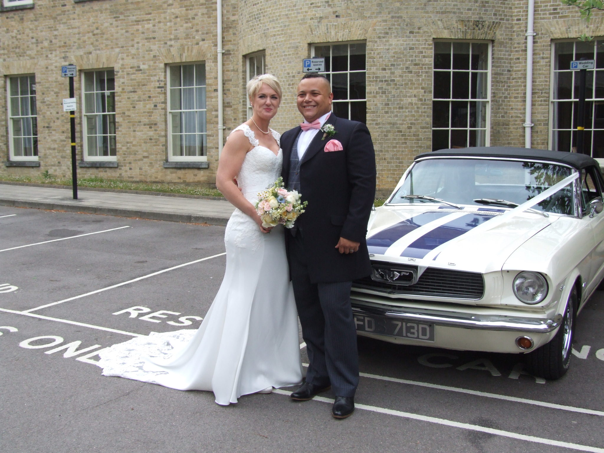 Mustang wedding car hire - Always Chauffeur